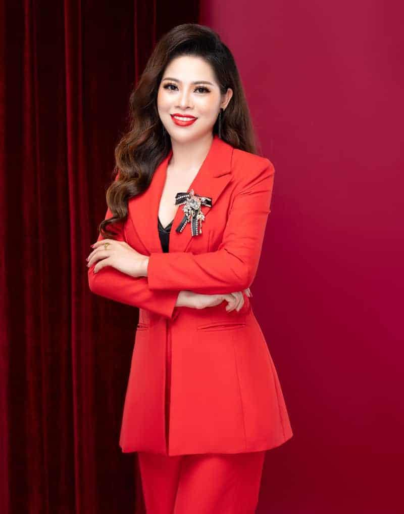 CEO Hoàng Mỹ Phương công ty Thiên Nhiên Việt
